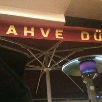 11/26/2011 tarihinde Tuna A.ziyaretçi tarafından Kahve Dünyası'de çekilen fotoğraf
