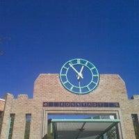 Das Foto wurde bei Sun Tran Ronstadt Transit Center von Junxiao S. am 1/3/2012 aufgenommen