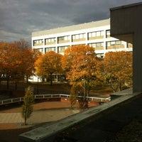Foto diambil di University of Warwick Library oleh Alina V. pada 10/29/2011