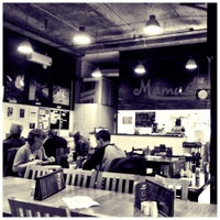 รูปภาพถ่ายที่ Mamuśka! โดย Chris K. เมื่อ 3/31/2012