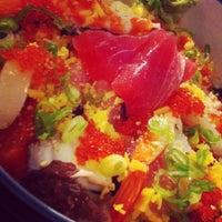 12/10/2011 tarihinde Coleneziyaretçi tarafından Sea Monstr Sushi'de çekilen fotoğraf