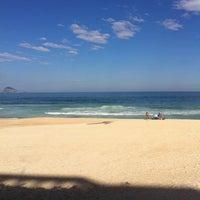 Foto tirada no(a) Praia do Pepino por Ricardo C. em 5/26/2012
