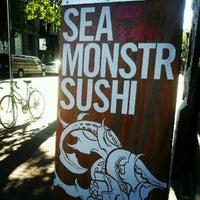 8/3/2012 tarihinde Andy K.ziyaretçi tarafından Sea Monstr Sushi'de çekilen fotoğraf