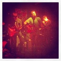 รูปภาพถ่ายที่ Bar4 โดย Tim H. เมื่อ 6/16/2012