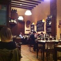 รูปภาพถ่ายที่ Osteria Brunello โดย Giuseppe C. เมื่อ 4/30/2012