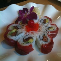 6/28/2011에 Jennifer B.님이 Mizu Sushi Bar & Grill에서 찍은 사진