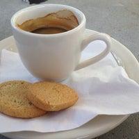 Photo prise au Empire Cafe par Jean-Marc B. le4/6/2012