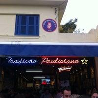Foto tirada no(a) Bar do Luiz Fernandes por Raphael C. em 5/12/2012