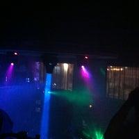 Снимок сделан в MOVIDA - Kitchen.Bar.Club Lounge пользователем TengYang Y. 5/18/2012