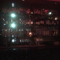 รูปภาพถ่ายที่ The Warren City Club โดย Alex R. เมื่อ 8/5/2011