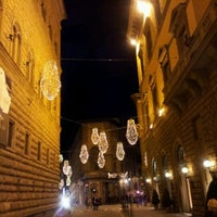 Das Foto wurde bei Palazzo Strozzi von Max V. am 1/3/2012 aufgenommen