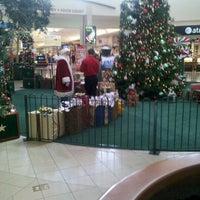 Das Foto wurde bei Ocean County Mall von Tischa C. am 12/13/2011 aufgenommen