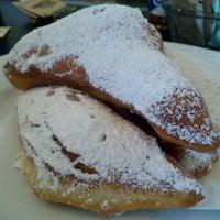 Foto diambil di Brown Sugar Kitchen oleh Diana M. pada 7/9/2011