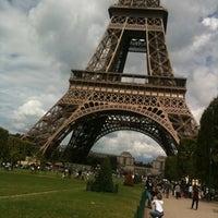 Foto tirada no(a) Restaurant 58 Tour Eiffel por John C. em 7/23/2011