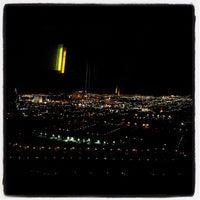 Photo prise au Moon Nightclub par Rob A. le1/27/2012