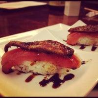 6/13/2012 tarihinde Tiffany S.ziyaretçi tarafından Takami Sushi'de çekilen fotoğraf