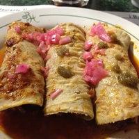 Foto tirada no(a) Restaurante Humberto's por Hector O. em 2/2/2012