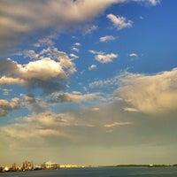Foto tomada en Bayfront Park por Another T. el 5/19/2012