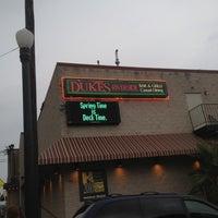 7/19/2012에 Shan님이 Dukes Bar & Grille에서 찍은 사진