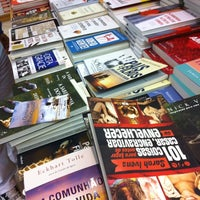 Foto diambil di Saraiva MegaStore oleh Anderson O. pada 7/14/2012