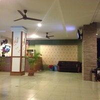 Снимок сделан в Emerald Hotel пользователем Yury Arthur V. 7/7/2012