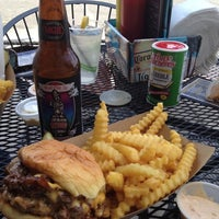 6/17/2012 tarihinde Anderson M.ziyaretçi tarafından Jack Brown's Beer & Burger Joint'de çekilen fotoğraf