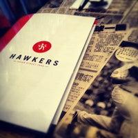 Foto diambil di Hawkers Asian Street Fare oleh Dave V. pada 3/23/2012