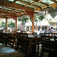 4/2/2012 tarihinde Milana V.ziyaretçi tarafından Flash Restaurant'de çekilen fotoğraf