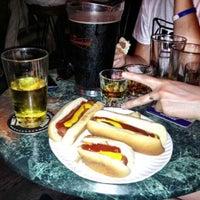 Das Foto wurde bei Rudy's Bar & Grill von Amal D. am 6/18/2012 aufgenommen