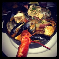 รูปภาพถ่ายที่ Harry's Oyster Bar & Seafood โดย Megan E. เมื่อ 8/26/2012