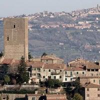 รูปภาพถ่ายที่ Montecatini Val di Cecina โดย Francesco A. เมื่อ 7/17/2012
