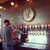 Foto tomada en Great Divide Brewing Co. por Jay G. el 9/10/2012