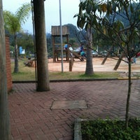 Das Foto wurde bei Praça Martin Luther King von Bruna B. am 6/14/2012 aufgenommen