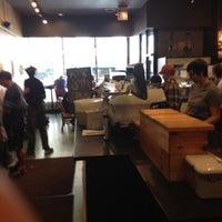 Снимок сделан в Metropolis Coffee Company пользователем David P. 9/3/2012