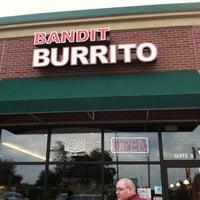 7/15/2011 tarihinde Kate J.ziyaretçi tarafından Bandit Burrito'de çekilen fotoğraf