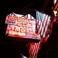 Das Foto wurde bei McGillin's Olde Ale House von Seth w. am 7/24/2012 aufgenommen