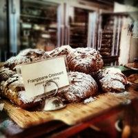 Das Foto wurde bei Tartine Bakery von Harry G. am 6/27/2012 aufgenommen