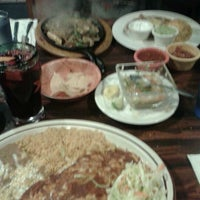 1/27/2012에 Candice J.님이 Celia's Mexican Restaurant에서 찍은 사진