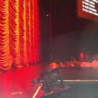 2/26/2012에 Persephone I.님이 Flamingo Showroom에서 찍은 사진