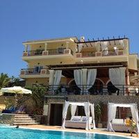 Photo prise au Delfino Blu Hotel par Dionisis S. le6/16/2012