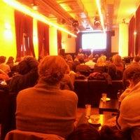 Снимок сделан в Frannz Club пользователем Roomsurfer B. 2/1/2012
