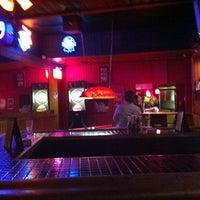 Das Foto wurde bei Redwing Bar & Grill von Conrad & Jenn R. am 9/23/2011 aufgenommen