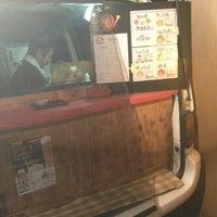 Das Foto wurde bei たこ焼き みこちゃん von Sukashi E. am 8/15/2012 aufgenommen
