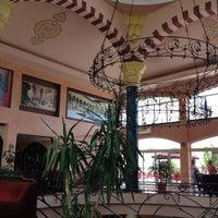 Foto tirada no(a) Larissa Sultan's Beach Hotel por Веснушка☀️ em 5/14/2012