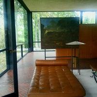 รูปภาพถ่ายที่ The Glass House โดย Dayna เมื่อ 9/30/2011