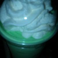 รูปภาพถ่ายที่ McDonald's โดย Brooke Z. เมื่อ 2/5/2012