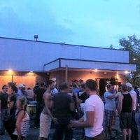 รูปภาพถ่ายที่ X Bar โดย Marquez เมื่อ 5/24/2011