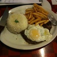รูปภาพถ่ายที่ Enzo SteakHouse โดย Edson R. เมื่อ 5/22/2012