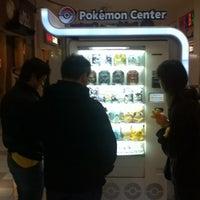 Foto tirada no(a) Tacoma Mall por Kai Tonio G. em 3/29/2012