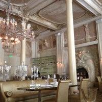 Foto tirada no(a) Cristal Room Baccarat por Masha S. em 7/31/2012